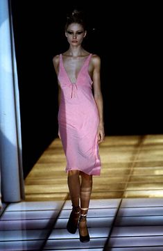 Versace - Ready-to-Wear - Runway Collection - WomenSpring / Summer 1997