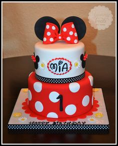 Red Minnie! - by YummyTreatsbyYane @ CakesDecor.com - cake decorating website