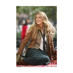 CWTV Photos - Gossip Girl ❤ liked on Polyvore featuring gossip girl, blake lively, backgrounds, pictures and serena...