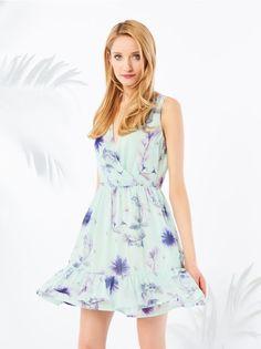 Zwiewna sukienka z kwiatowym wzorem, SUKIENKI, KOMBINEZONY, fioletowy, MOHITO