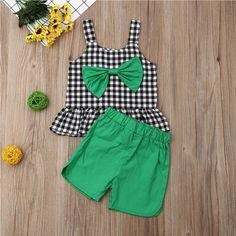 Plaid Bowknot Kinder Top W/ Matching Shorts Baby Girl Party Dresses, Dresses Kids Girl, Cute Girl Outfits, Kids Outfits Girls, Girls Frock Design, Baby Dress Design, Girls Top Design, Kids Dress Wear, Kids Gown