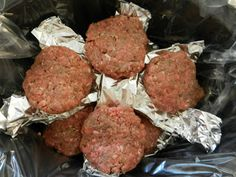 A Busy Moms Slow Cooker Adventures: The Perfect Hamburger gotta try this