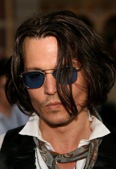 313aa16b348 More Pics of Johnny Depp Aviator Sunglasses