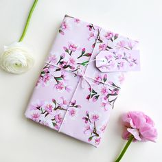 **Gift Wrapping Paper & Gift Tags / Blossoms**  · painted with arcylic and love · 3 sheets one-sided print on coated paper matt 115 g/m2 / dimension 60 x 42 cm (DIN A2) · for shipping I sadly...