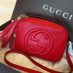 fe9fd8d65a Best Prices On Designer Handbags. Gucci rojo