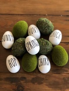 Adorned with spring words in black vinyl Hop Bunny Chirp Chick Hunt Spring Dimensions Diameter 1 58 Length 2 716 Moss eggs pictured not included Easter Crafts, Holiday Crafts, Spring Crafts, Easter Ideas, Diy Osterschmuck, Egg Pictures, Diy Easter Decorations, Diy Ostern, Egg Decorating