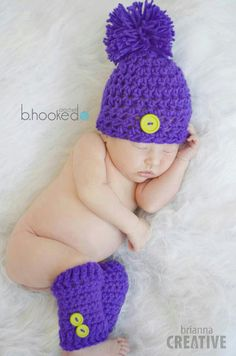 Simple Preemie Crochet Hat Free Pattern from B. Newborn Crochet Hat Pattern, Preemie Crochet, Crochet Bebe, Crochet Baby Hats, Crochet Hooks, Free Crochet, Beanie Pattern, Häkelanleitung Baby, Newborn Hats