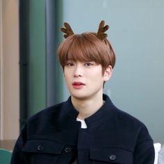 Look at my cute little smexy husband Jaehyun Nct, Taeyong, Nct 127, K Pop, Korea, Jung Yoon, Valentines For Boys, Jung Jaehyun, Winwin