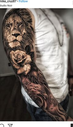 Tattoos Discover 100 Awesome Examples of Full Sleeve Tattoo Ideas A full sleeve tattoo is usually intricate from shoulder to wrist. Unlike small tattoos on the part of the arm the whole arm is the canvas for the tattoo. Lion Sleeve, Tiger Tattoo Sleeve, Realistic Tattoo Sleeve, Lion Tattoo Sleeves, Arm Sleeve Tattoos, Sleeve Tattoos For Women, Tattoo Sleeve Designs, Arm Tattoos For Guys, Tattoo Designs Men