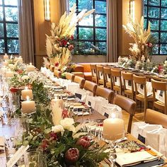 Tomoki OkuraさんはInstagramを利用しています:「・ ・ 過日の#decoration ・ ・ 昨日のことのようでもあり 遠い過去のことのようでもある。 ・ 今の季節は施工の記憶の順番が あやふや。 ・ styling : Your Style ・ #trunkhotel #trunkhotelwedding #flower…」 Wedding Reception, Our Wedding, Rustic Theme, Okura, Table Settings, Table Decorations, Flowers, Furniture, Instagram