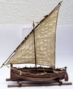 Técnicas para crear Belenes-Nacimientos ó Misterios Driftwood Wall Art, Driftwood Projects, Birch Bark Crafts, Sailboat Decor, Wooden Model Boats, Deco Marine, Model Ship Building, Ship Drawing, Boat Art