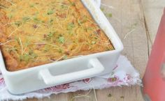Hannes van Wyk deel sy ma se resep vir 'n heerlike souttert met ons Savory Snacks, Savoury Dishes, Summer Recipes, Great Recipes, Low Carb Recipes, Cooking Recipes, Savory Tart, South African Recipes, Savoury Baking