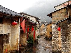 Empty old streets in Huangyao after rain