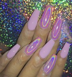 Semi-permanent varnish, false nails, patches: which manicure to choose? - My Nails Toe Nails, Pink Nails, Pink Chrome Nails, Pink Holographic Nails, Solar Nails, Best Acrylic Nails, Gorgeous Nails, Trendy Nails, Nails Inspiration