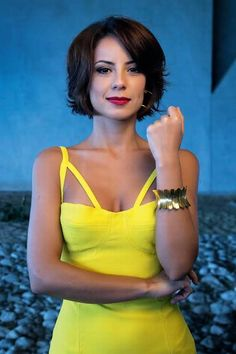 Check out these stunning Haircuts Summer 2015 - 2016 images that we have. Short Bob Hairstyles, Summer Hairstyles, Pretty Hairstyles, Chic Short Hair, Short Hair Cuts, Hair Styles 2016, Curly Hair Styles, Cabello Hair, Cute Haircuts