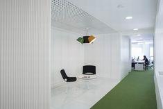 IC 10 Construimos Espacios office by Bespoke Office Arquitectos, Madrid   Spain office