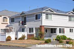 Stunning residence in the neighborhood of St. Portland Neighborhoods, Columbia River, Portland Oregon, Small Towns, The Neighbourhood, University, Mansions, Park, House Styles