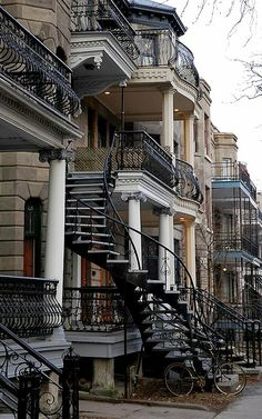 Plateau Mont-Royal ~ Montreal, Canada (by caribb on Flickr)