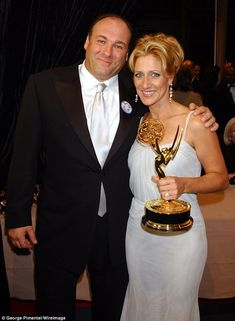 'The love between Tony and Carmela was one of the greatest I've ever known': Sopranos star Edie Falco 'shocked and devastated' over death of TV husband Best Tv Series Ever, Hbo Series, Drama Series, Mafia, Really Good Movies, Tony Soprano, Keeping Up Appearances, Guys And Dolls, Portraits