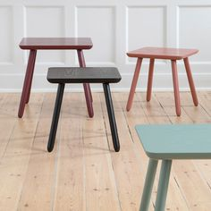Elegant wooden table with rounded edges. Available in two sizes: 40x40x40 cm and 48x48x48 cm. Price per item from DKK 218,00 / EUR 30,70 / ISK 5329 / NOK 316,00 / GBP 28,98 / SEK 309,00 / CHF 37,66 / FO-DKK 255,40 / JPY 3430