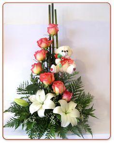 S curve floral arrangement rose lily google search - Arreglo de flores naturales ...