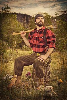 lumberjacks with beards and love cute animals. lumberjacks with beards and love cute animals. Rugged Style, Rugged Men, Bald Men With Beards, Bald With Beard, Lumberjack Style, Survival, Beard Tattoo, Tattoo Man, Attractive Men