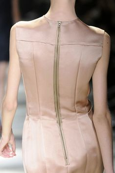 Lanvin Spring 2009 Ready-to-Wear Collection - Vogue We Wear, How To Wear, Fashion Show, Fashion Design, Types Of Fashion Styles, Lanvin, Ready To Wear, Runway, Dressing