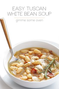 This Tuscan White Bean Soup is simple, comforting, and completely delicious. And made all the easier with just a few simple ingredients. This Tuscan White Bean Soup is simple, hearty, surprisingly flavorful. It's the perfect winter comfort food. Chili Recipes, Vegetarian Recipes, Cooking Recipes, Healthy Recipes, Bean Soup Recipes, Simple Soup Recipes, Hamburger Recipes, White Bean Soup, Tuscan Bean Soup