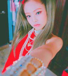 Jennie from Blackpink Kim Jennie, South Korean Girls, Korean Girl Groups, Yg Entertainment, Blackpink Debut, Black Pink, Blackpink Photos, Blackpink And Bts, Blackpink Fashion
