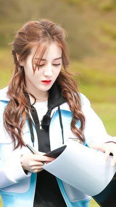 Korean Beauty Girls, Cute Korean Girl, Beauty Full Girl, Asian Beauty, Beauty Women, Real Beauty, Beautiful Chinese Girl, Beautiful Asian Women, Mode Bollywood