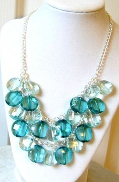 Teal Beaded Necklace. I can redo this!!