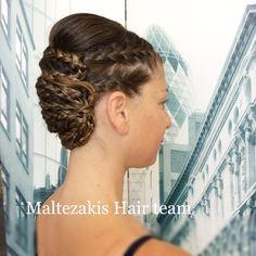 Πλεξούδες .. Pearl Earrings, Hair Styles, Fashion, Hair Plait Styles, Moda, Pearl Studs, Fashion Styles, Bead Earrings, Hairdos