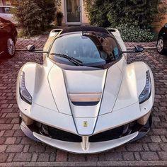 🌟🌟La Ferrari 🌟🌟 Cian ✂ 🚘 by best cars Ferrari Laferrari, Lamborghini Cars, Maserati, Bugatti, Super Sport Cars, Cool Sports Cars, Cool Cars, Supercars, Lux Cars