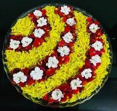 Semicircle flower rangoli Rangoli Designs Flower, Rangoli Patterns, Colorful Rangoli Designs, Rangoli Ideas, Rangoli Designs Diwali, Flower Rangoli, Beautiful Rangoli Designs, Flower Mandala, Diwali Decorations At Home