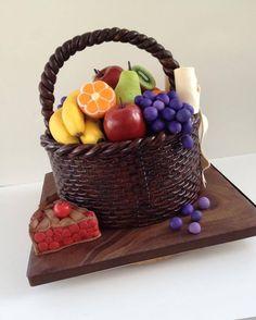 Cake Art, fruit basket & pie.