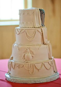 I like the pearls, but could I do it after and on my own?   probably not.  Round Wedding Cakes