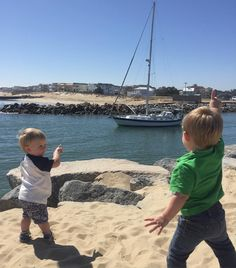 BOAT!! 77/365  #365withEandP #sailboat #rudeeinlet #funinthesun #beach #wishingforaboat #stpatricksday #getyourgreenon #lucky #lovetheseboys by seastar786