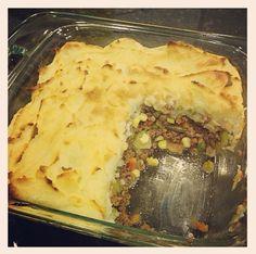 The HONEYBEE: Healthy Sheperds Pie with cauliflower mashed potatoes