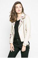 Blazer, Women, Fashion, Moda, Fashion Styles, Blazers, Fashion Illustrations, Woman