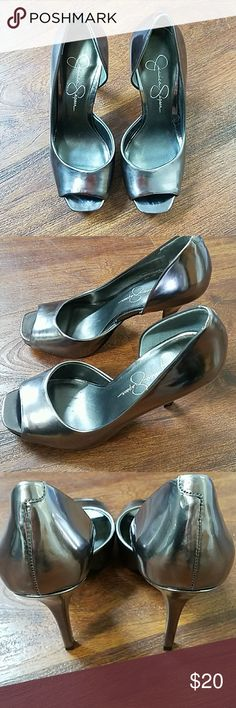 Jessica Simpson Peep Toe Heels Sexy Gun Metal Gray Jessica Simpson Peep Toe Heels. 👠 Perfect for date night or a night on the town with the girls!  No peeling or scratches on upper or heels.  A little wear on bottom but still has good traction.  Sz. 5 1/2.  Great Condition. Jessica Simpson Shoes Heels