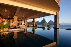 Infinity and beyond at Jade Mountain House!