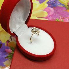 20,2 mm Ring 333 Gold Beryll & Kristalle Vintage edel rar GR436 Rings, Vintage, Gold Rings, Crystals, Craft Gifts, Schmuck, Ring, Jewelry Rings, Vintage Comics