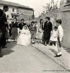 Primera Comunión de Marisa Ajuria Bidaburu , 1954 (Colección Daniel Zubimendi) (ref. Z00884)