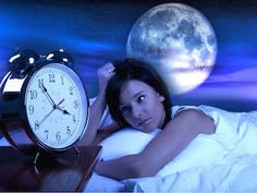 Remedies For Insomnia Can't Sleep? A Sleep Expert Provides 5 Natural Remedies For Insomnia - Can't Sleep? Got Insomnia? Forget the prescription pills. Gloria Eagle, an expert trained in the art of dreaming, provides 5 natural remedies for insomnia. Natural Remedies For Insomnia, Insomnia Cures, Natural Cures, Insomnia Help, Insomnia Humor, Insomnia Solutions, Natural Health, Fit Bodies, Chill Pill