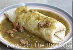 Green Chili with Pork, not to be confused with salsa verde, Poblano chilis can be used Green Chili Pork, Green Chili Sauce, Green Chilis, Green Chile Stew, Red Chili, Pork Chili Verde, Mexican Cooking, Mexican Food Recipes, Pork Recipes