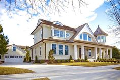 A New House with Turn-of-the-Century Style in Ocean City   hookedonhouses.net