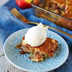 Easy Vegan Apple Cake - perfect comforting food for fall. gf