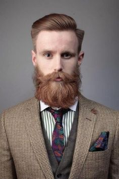 An impeccable appearance, complemented by good care in the beard and moustache. Great Beards, Awesome Beards, Beard Styles For Men, Hair And Beard Styles, Tapered Beard, Beard Suit, Beard Tips, Beard Ideas, Beard Model