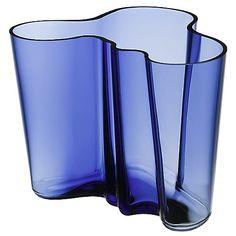The Iittala Aalto Vase - Ultramarine celebrates the 100th anniversary of Finland