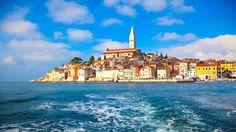 Die mediterrane Gegend, das milde Klima, fruchtbare Böden und eine üppige Vegetation haben dazu beigetragen, dass Poreč zu einem einzigartigen Urlaubsziel geworden ist. Poreč und Umgebung zählt jährlich mehrere Millionen Gäste und ist damit die größte Urlaubsregion Istriens.Dank der natü…